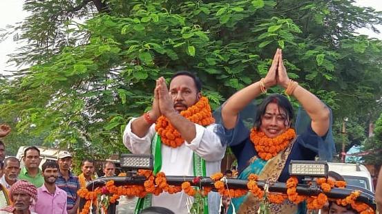 जिला परिषद पद जमालपुर से साधना देवी ने दाखिल किया नामांकन,